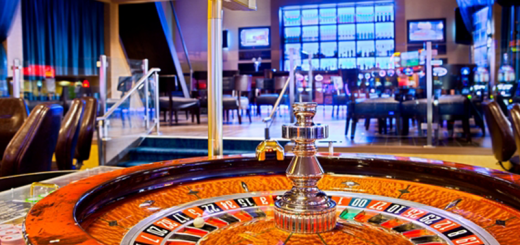 Online Casino Four Tips The Competitors Knows However You Don't